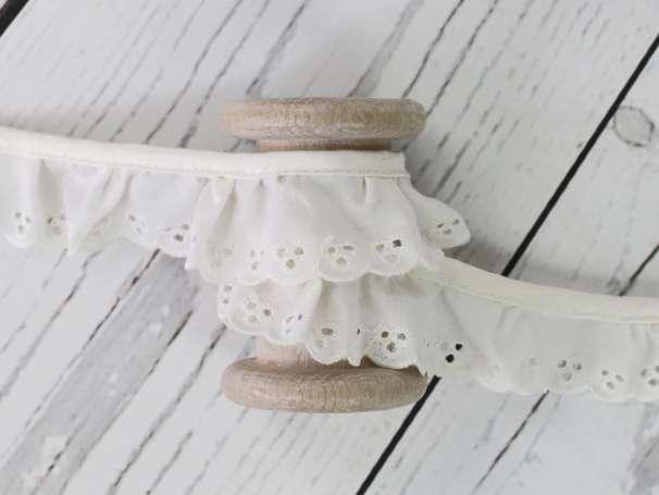 Baumwollspitze Stickerei, gerüscht - 30 mm - natur