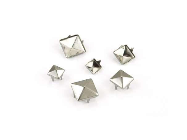 Pyramiden-Nieten